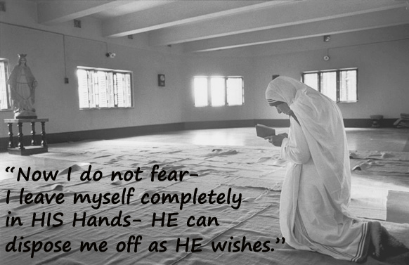 Mother- Teresa-at-prayer